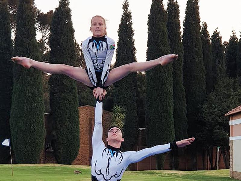 Tseba Tanks Golf Day - gymnasts