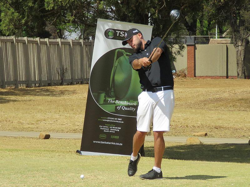 Tseba Tanks Golf Day - on the green